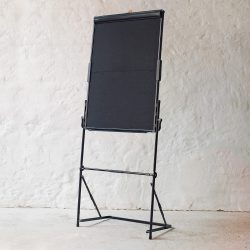 Urban FlipChart: black cardboard surface
